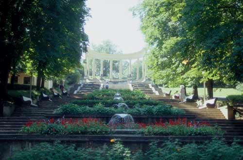 Каскадная лестница и Храм воздуха в кисловодском парке дождались субсидий на реконструкцию