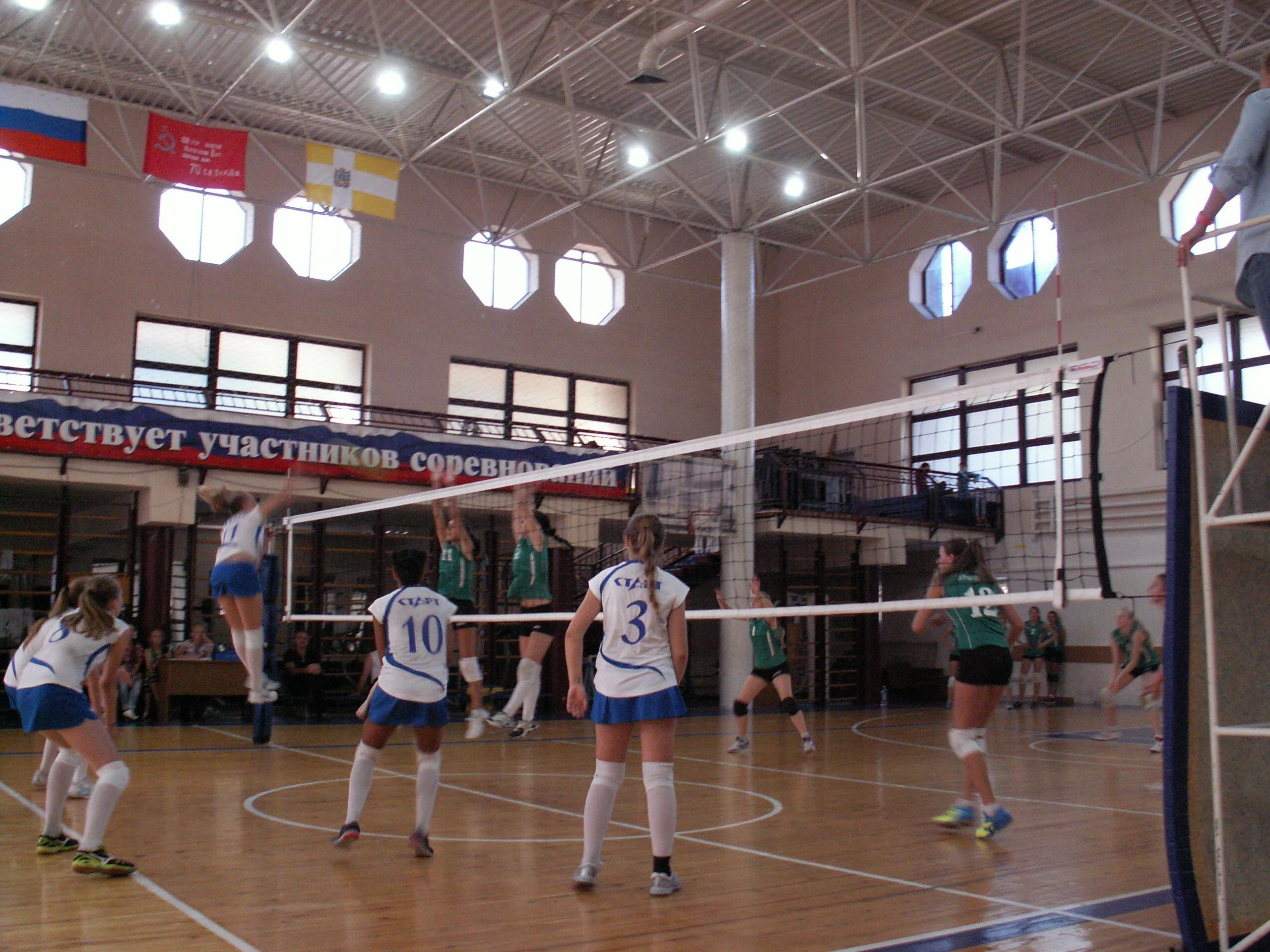 На волейбольной площадке в Кисловодске