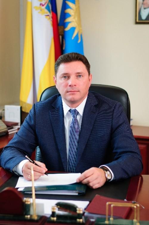 Владимир Григорян. ЗЕМНЫЕ ОТКРОВЕНИЯ АЛЕКСАНДРА КУРБАТОВА
