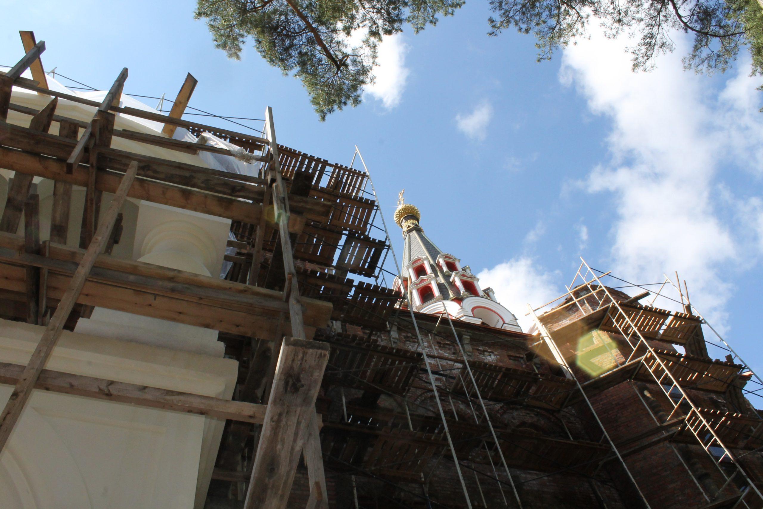 Освящен нижний предел храма Святого Великомученика Пантелеимона