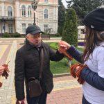 """""""ВОЛОНТЁРЫ ПОБЕДЫ"""" РАЗДАЛИ 500 ГЕОРГИЕВСКИХ ЛЕНТОЧЕК"""