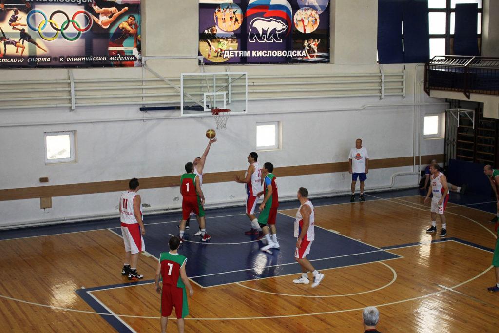Баскетбол в Кисловодске. Геннадий Самарский: «Возрождать труднее, чем рушить»