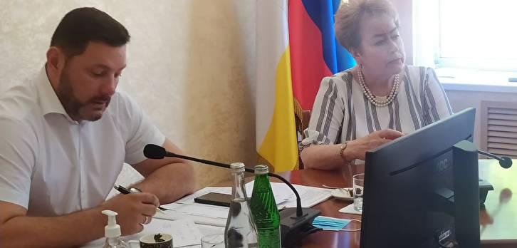 Глава Кисловодска рассказал в соцсетях о вопросах, обсуждавшихся в понедельник на административной планерке