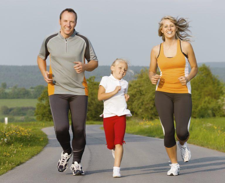 В субботу, 1 сентября, в Кисловодске стартует онлайн-марафон «Папа, мама, я - спортивная семья!»