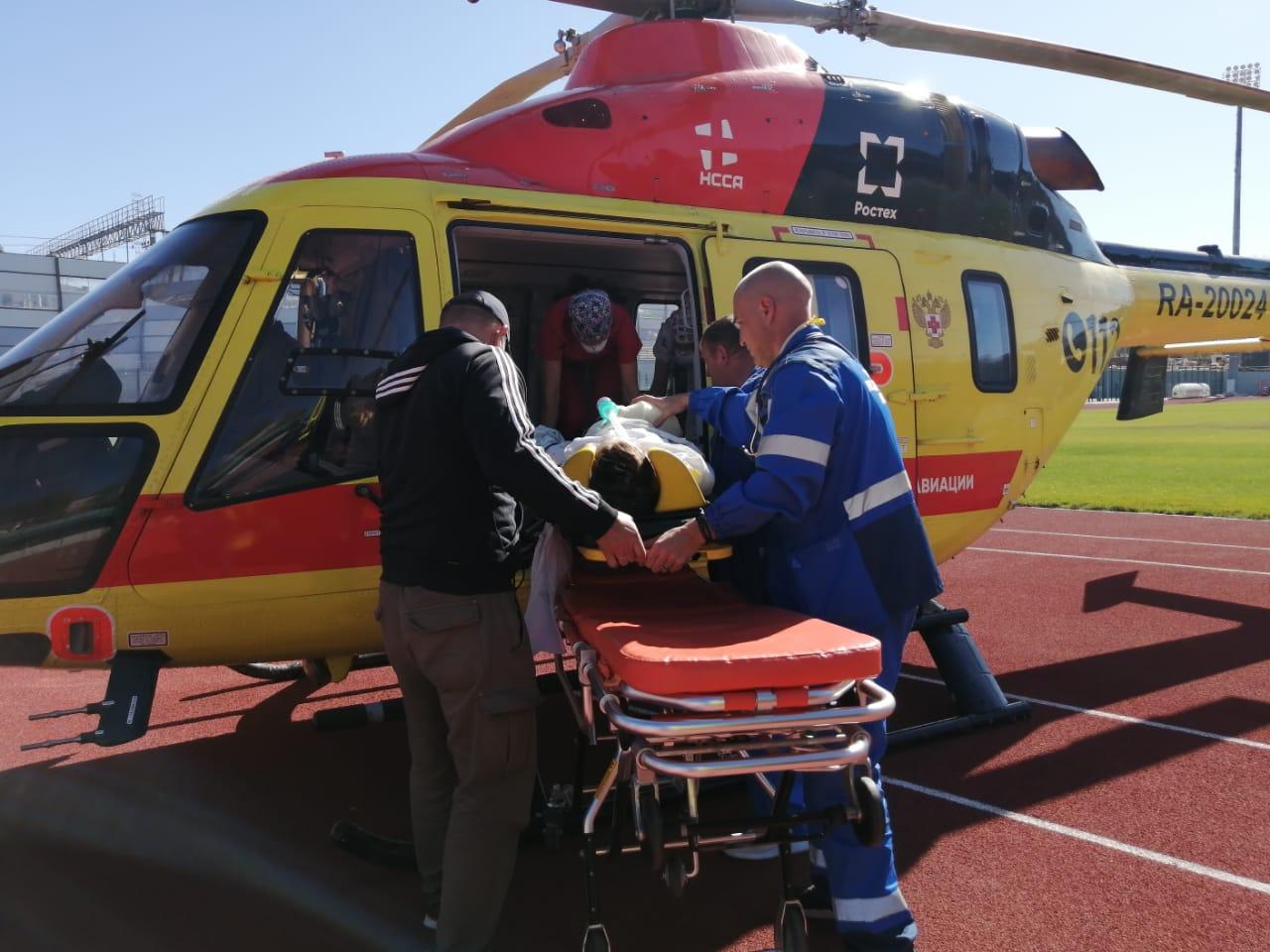 Из Кисловодска в Ставрополь тяжелого пациента доставили вертолетом