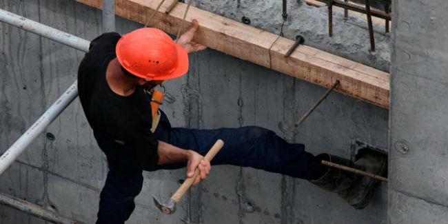 В Пятигорске в гибели рабочего по неосторожности подозревается инженер, допустивший нарушения охраны труда