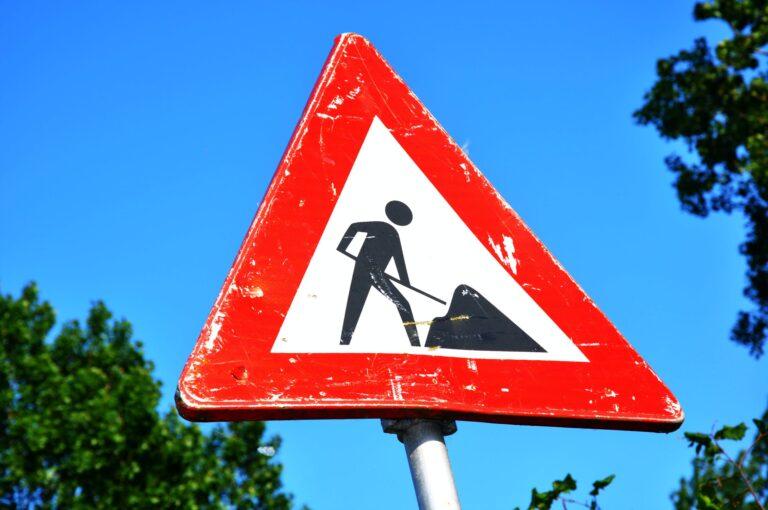 В Кисловодске ведется ремонт пяти дорог, водителей призывают к осторожности