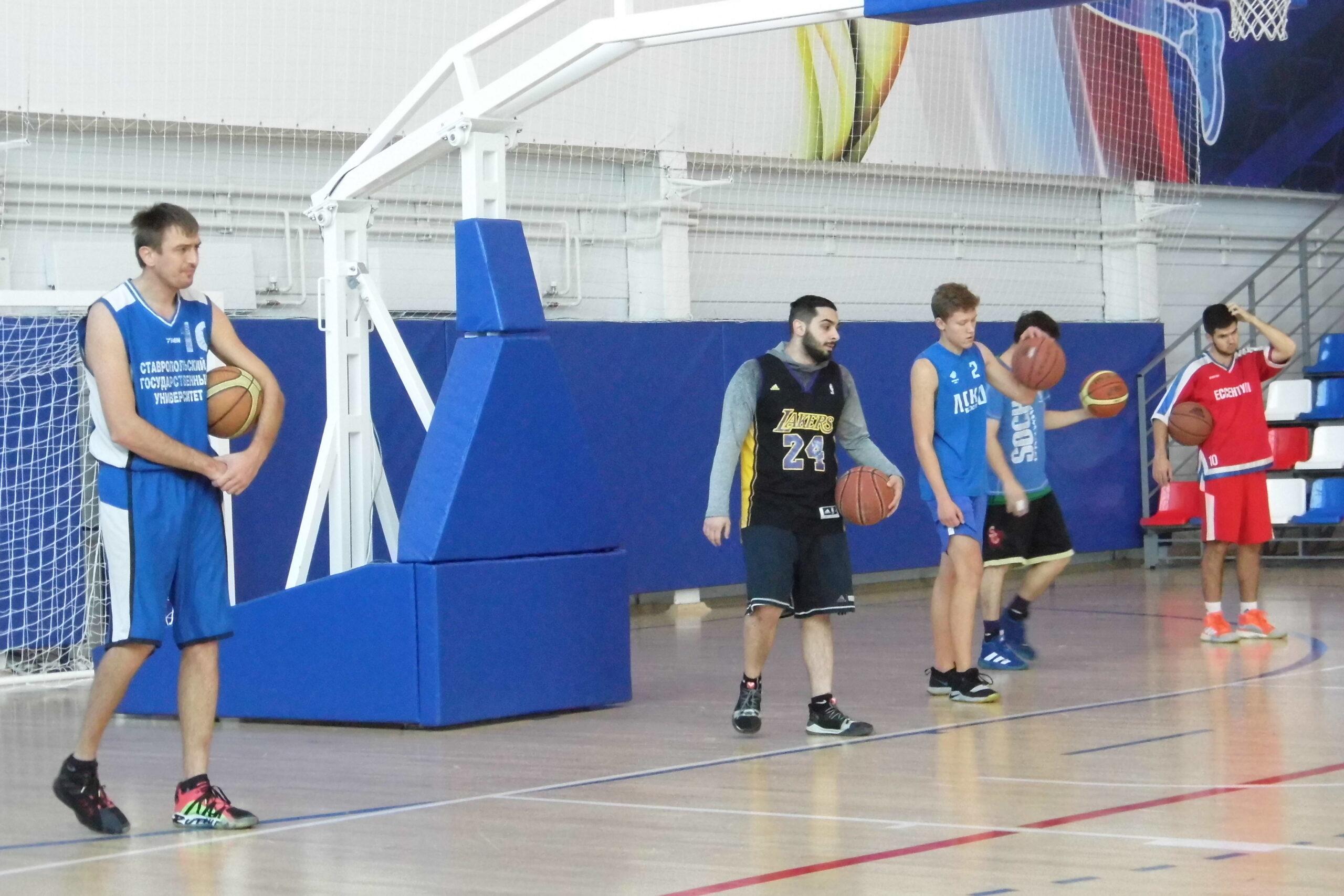 Восемь баскетбольных команд примут участие в региональном чемпионате СКФО и ЮФО