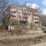 Старинный терренкур над кисловодским вокзалом планируют восстановить. Предстоит и очередная обрезка деревьев