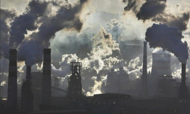 Правительство одобрило законопроект об ограничении углеродных выбросов