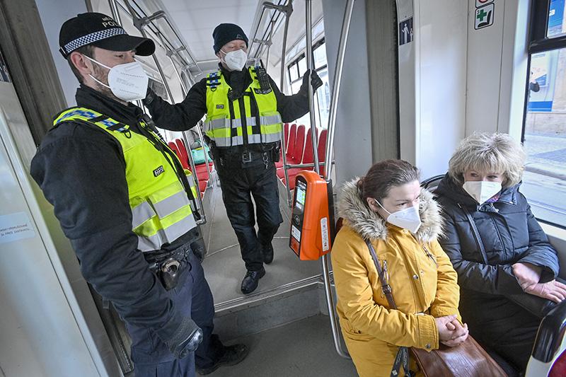 Пандемия 1 марта: в России, в Ставропольском крае и в мире