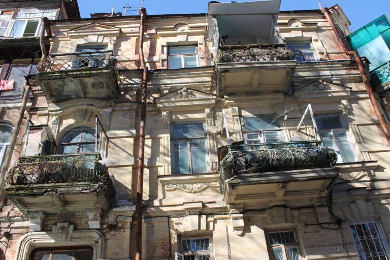 Жители Кисловодска вносят свою лепту в сохранение исторических зданий