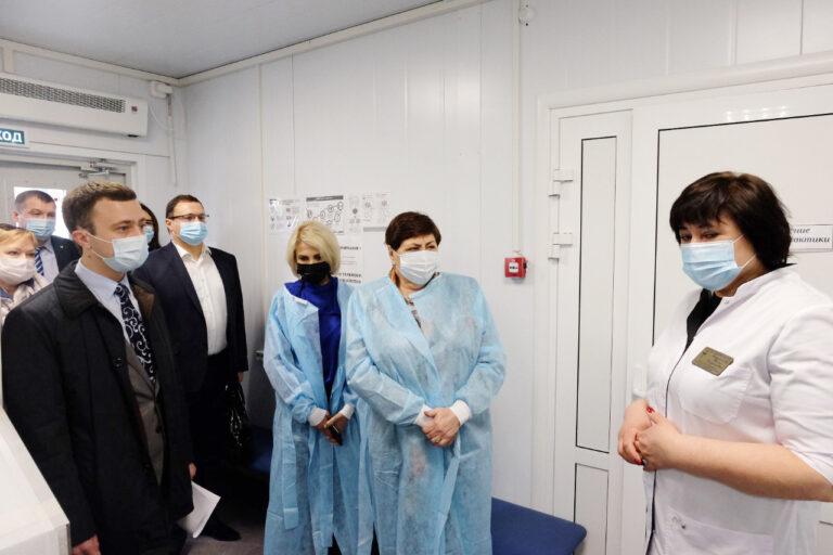 Депутаты краевого парламента обсудили ход модернизации первичного звена здравоохранения на Ставрополье