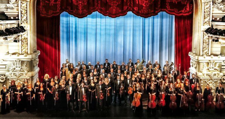 Жизнь на сцене. Музыкальные коллективы Северо-Кавказской государственной филармонии