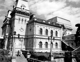Архитектурное чудо, комплекс Северо-Кавказской филармонии имени В.И.Сафонова в ожидании глобальной реконструкции
