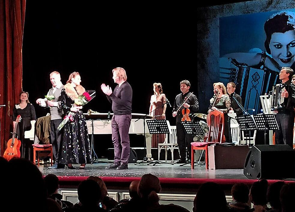 В Сафоновском зале Госфилармонии прошел спектакль-концерт, посвященный Клавдии Шульженко