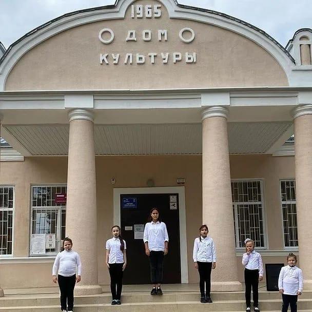 В посёлке Аликоновка в дни выборов проходил трёхдневный марафон концертов