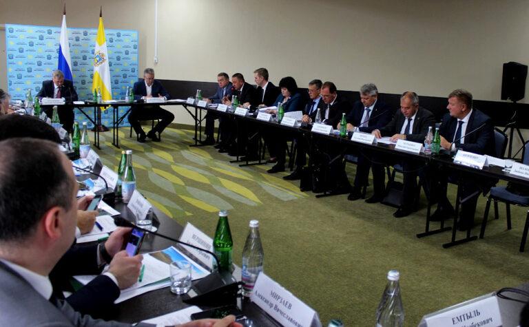 Анатолий Артамонов провел заседание рабочей группы по развитию Кисловодска и КМВ