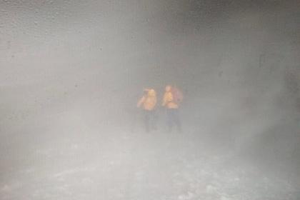 Из девятнадцати альпинистов, попавших в пургу наЭльбрусе, трое погибли, восемь найдены