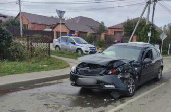 В Михайловске столкнулись маршрутка и легковой автомобиль. Есть пострадавшие